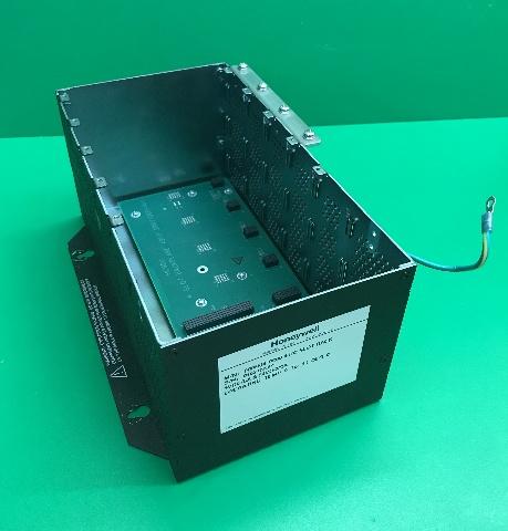 Honeywell HC900,  4 slot backplane Assy M/N 900R04-0200