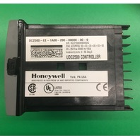 HONEYWELL UDC2500 UNIVERSAL DIGITAL TEMPERATURE CONTROLLER/ 90-250 Vac, 50/60 Hz, 18 VA