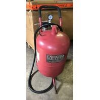 Black Bull SB20G 20 Gallon Abrasive Blaster