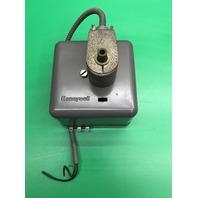 Honeywell RA890 G 1229 Burner Control / Flame Relay