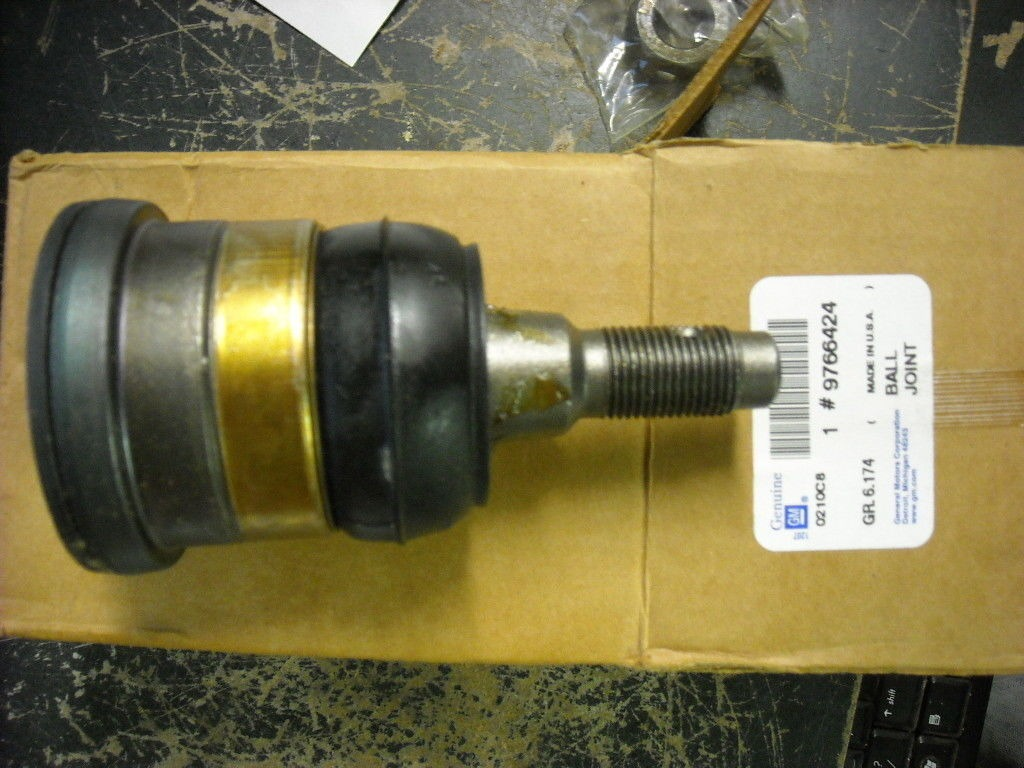 Chevy 9766424 Lower Ball Joint 85-99, Chevy, GM Trucks, 45d2020 | Lotastock