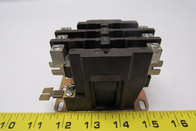 FASCO 3M30-C Relay 3-Pole DEFINITE PURPOSE Magnetic Contactor 30E030-4C 50//60HZ