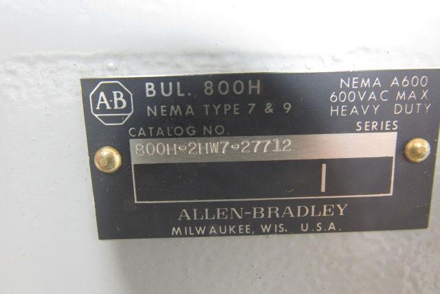 A-B Allen Bradley 800H-2HW7 27712 Heavy Duty 600V Push Button Station