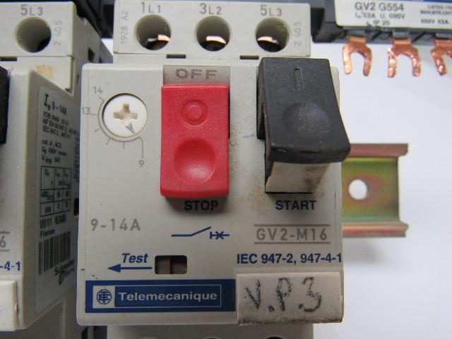 Deutz FL912 KBAL 98S8//13 DLLA149S774 Düsenhalter mit Düse Düsenstock