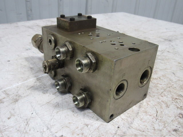 Gd03pt3 12b8bs 3 Station Compact Hydraulic Valve Block