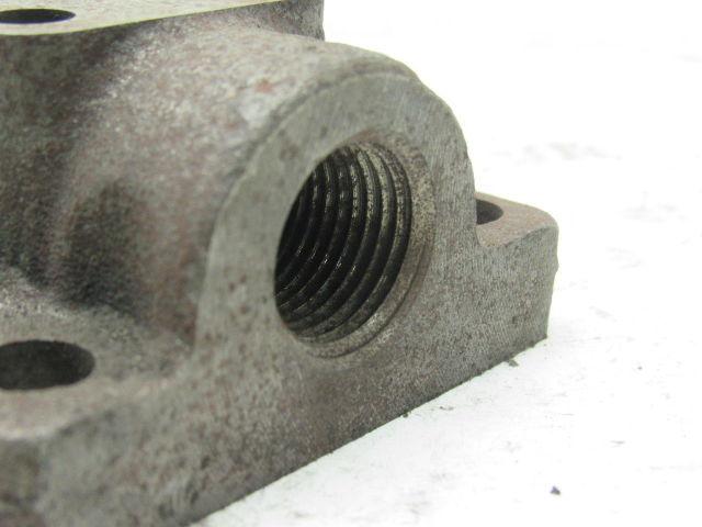 Eaton Char Lynn 123 1007 002 Hydraulic Port Block