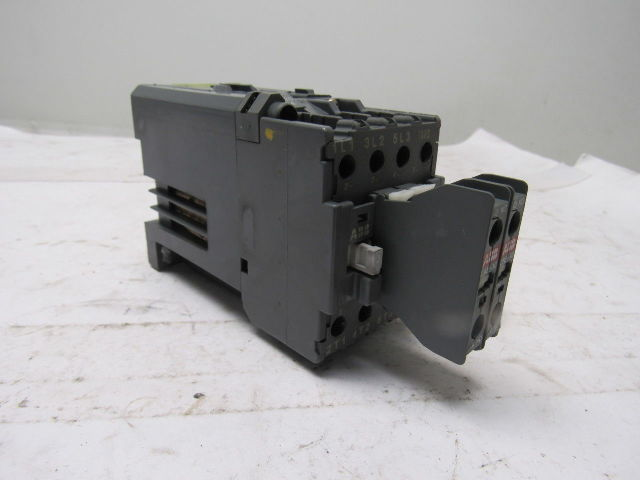 abb bc25 contactor relay motor starter 24v coil w 2 aux. Black Bedroom Furniture Sets. Home Design Ideas