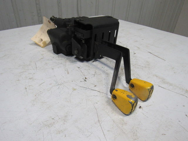 Clark 4 Spool Hydraulic Control Valve Assembly For Ecs