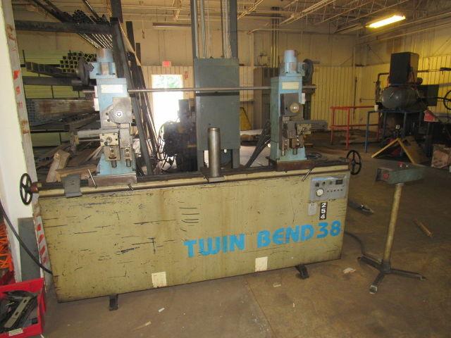 """Langbow Twin Bend TM 38 Twin Head Hydraulic Tube Bender 1-1/2"""""""