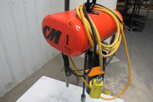 Cm Lodestar Model L 1 Ton 1hp Electric Chain Hoist 230  460v 3ph 20 U0026 39  Lift 16fpm