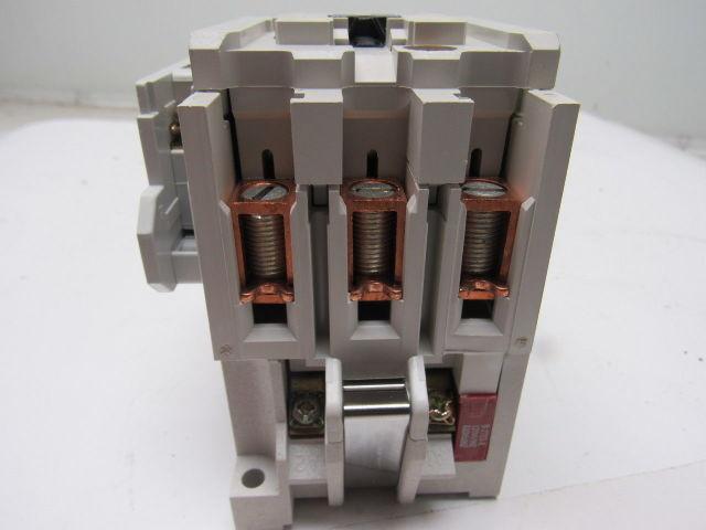 Eaton Cutler Hammer Ce15gns3ab 3 Pole 25hp 460v 50 60hz