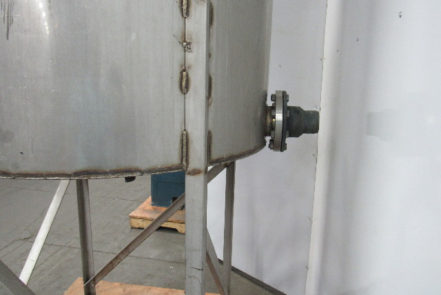 Vertical W Stand 500 Gallon Stainless Steel Open Top Tank
