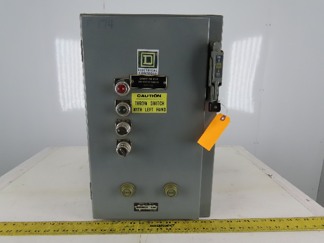 Square D 8810 SCG-1X Ser A Size 1 Reversing /Two-Speed Starter 30A Combo Box
