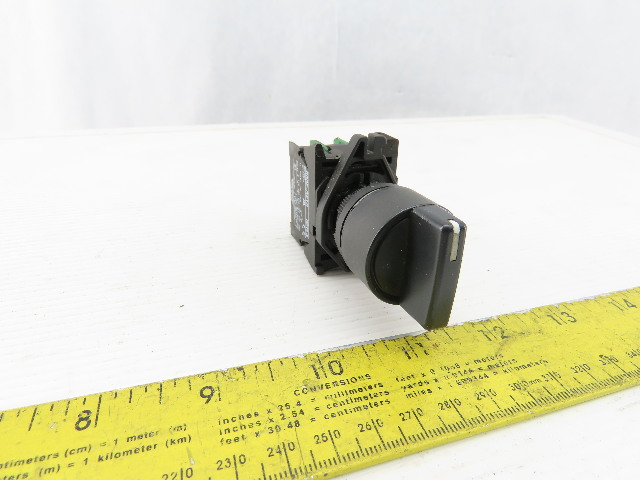Allen Bradley 800E-3X10/A Black 2 Position Maintained Selector Switch Series A