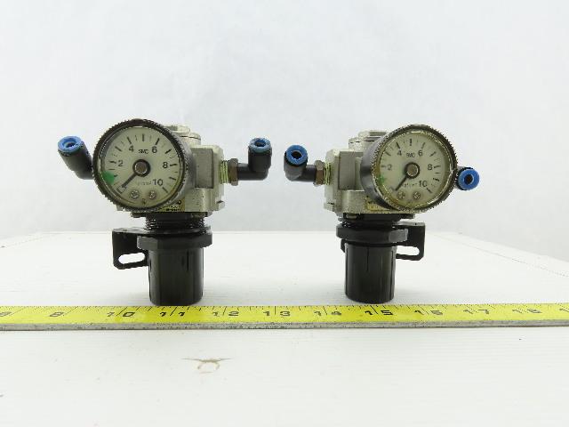 1//4 NPT WILKERSON PNEUMATIC R21-02-000 DIAL AIR Regulator 300 PSI MAX 2 Gauge Ports MAX Temp of 150F