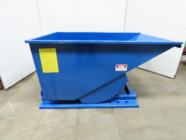 Iron Bull Bull Jr. Series Self Dumping Trash Scrap Hopper 3/4 Yard Capacity