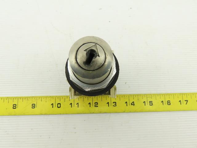 Allen Bradley 800T-N61KN4 4 Position Selector Key Switch NO KEY