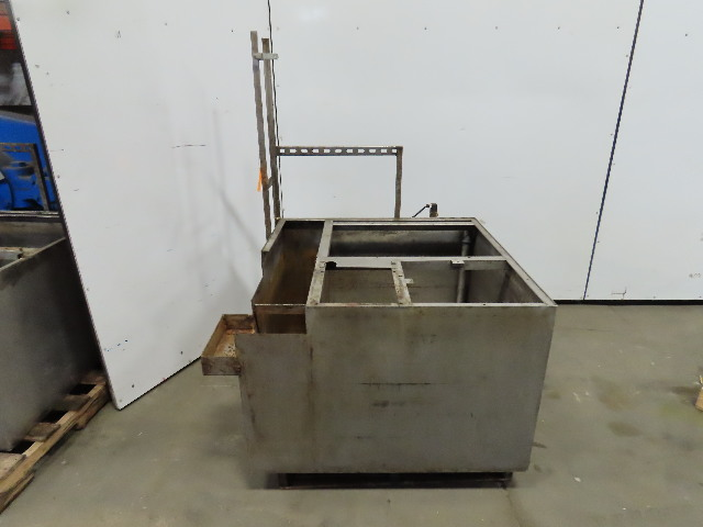"135 Gallon Stainless Steel Open Top Baffled Tank 36"" x36""x24"""