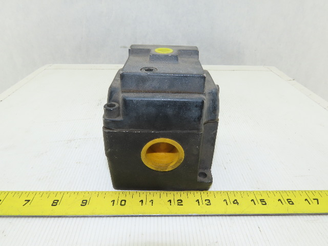 Parker H101NC37B Normally Closed Pilot Operated Pneumatic Valve