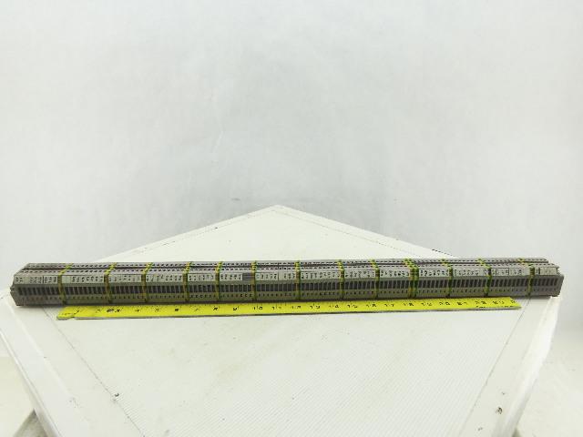 Entrelec M4/6 5116 DIN Rail Mount 108 Terminal Blocks/Strip 500V W/14 Grounds