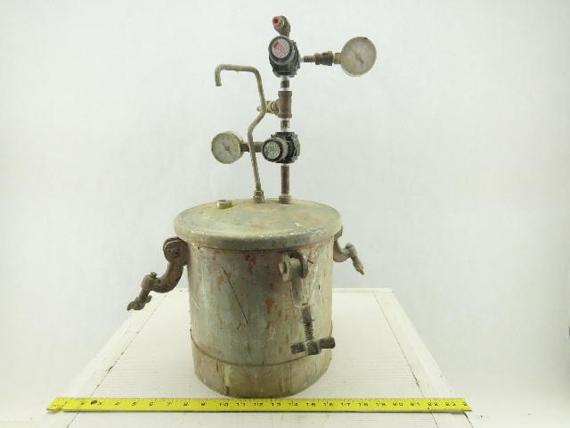 2.8 Gal 80 PSI Zinc Coated Steel Paint Pressure Tank Pot