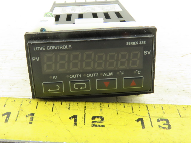 Love Controls 32B-33 Temperature Process Controller 100-240V 50/60Hz