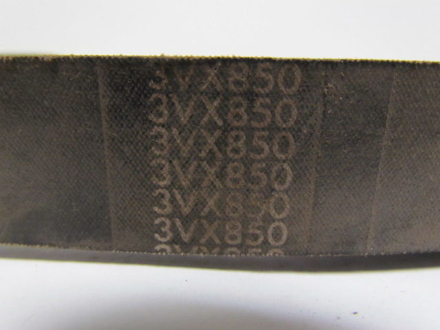 """Factory New! 6//3VX850 3//8/"""" Top Width by 85/""""Length 6-Banded Cogged Belt"""