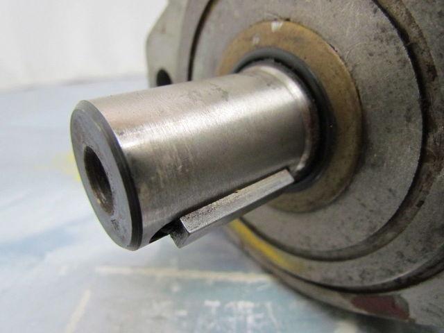 https://assets.suredone.com/1742/media-pics/38553-white-rs0830010r1-cc-12694-hydraulic-motor-roller-stator-1-keyed-shaft-604663891.jpg
