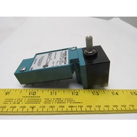 Honeywell LSZ7A1A 600VAC 10A Plug In Limit Switch Without Receptacle NIB