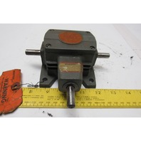 Boston Gear R113 1:1 Ratio .33Hp Miniature Right Angle Dual Output Miter Gearbox