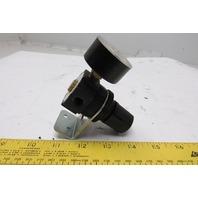 """Watts Fluidair R384-01C6 Regulator 1/8"""" 0-125 PSI Max Inlet 300 PSIG W/Gauge"""