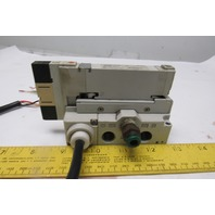 SMC VQ2300-5 3 Position Closed Center Pilot Valve And Base 24VDC