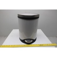 Safco 9900WH 1-1/2 Gallon Slow Close Step On Medical Trash Can