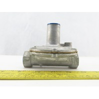 """Maxitrol 325-3 Gas Air LP Natural Regulator 1/2"""" NPT 10 PSI Max Inlet Pressure"""