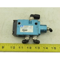 """MAC 180001-112-0003 5/2 Position Air Piloted Directional Valve 1/4"""" NPT"""