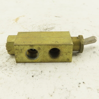 "Clippard MJTV-3 1/8"" Brass 3 Way Pneumatic Toggle Switch"