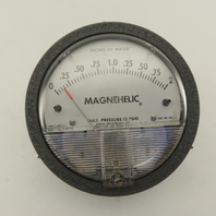 Dwyer 2002C Magnehelic 0-2 Inches Of Water At 15 PSIG Differential Pressure Gage
