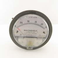Dwyer 2000-00C Magnehelic 0-.25 In./Water Vertical Calibrated Pressure Gauge