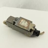 Omron D4B-2511N 400V 2A Cam Roller Rocker Limit Switch