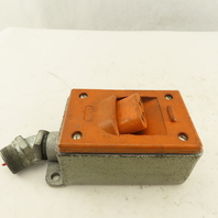 Brad Harrison 43301 4 Pin Female Runner Angle Safety Receptacle 25A 600V
