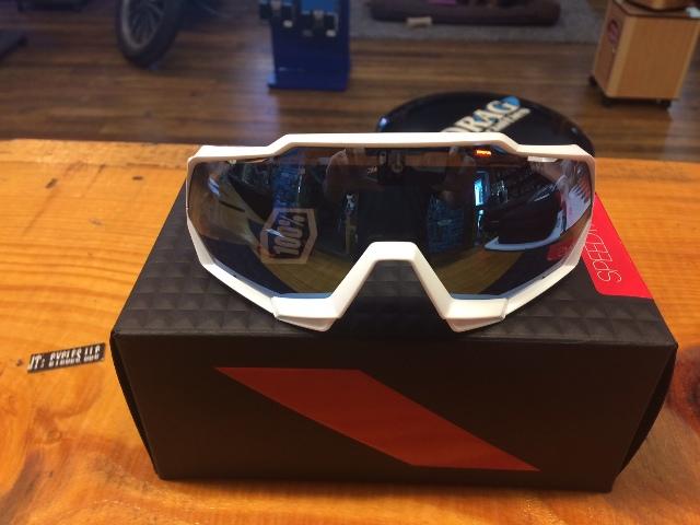 100% Unisex Speedtrap Matte White Hiper Blue Mirror Dual Sport Sunglasses