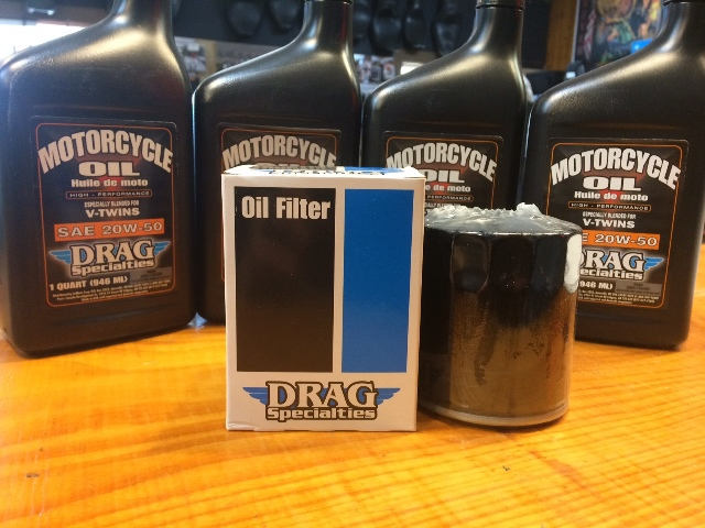 Drag Specialties 4qt SAE 20W-50 Oil & Black Filter 99-17 Harley Dyna Touring