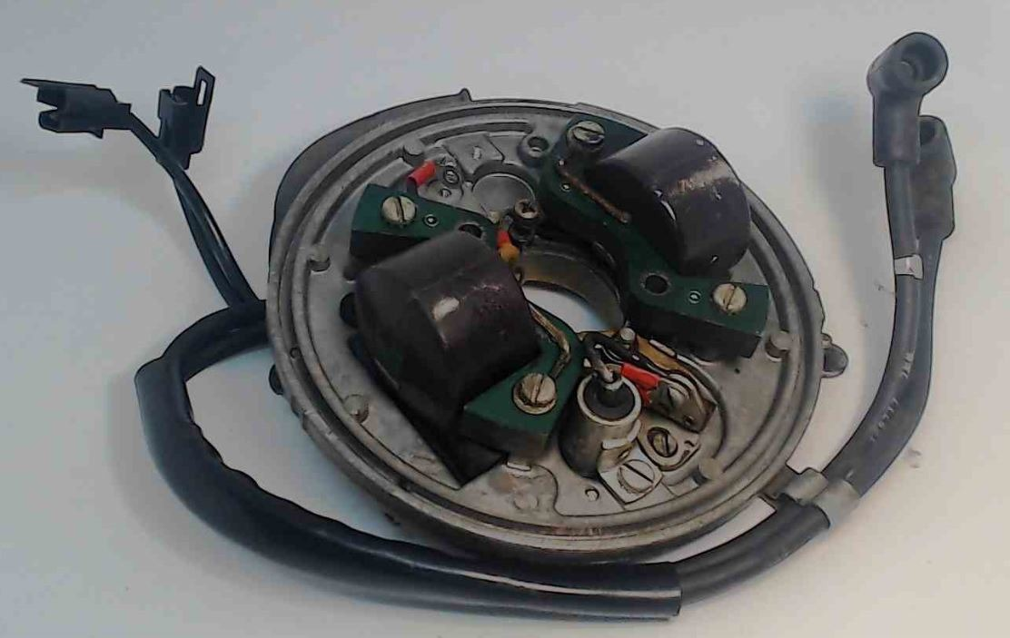 580471 Johnson Evinrude 1968-73 Armature Magneto Stator Plate Assembly 9 5  HP