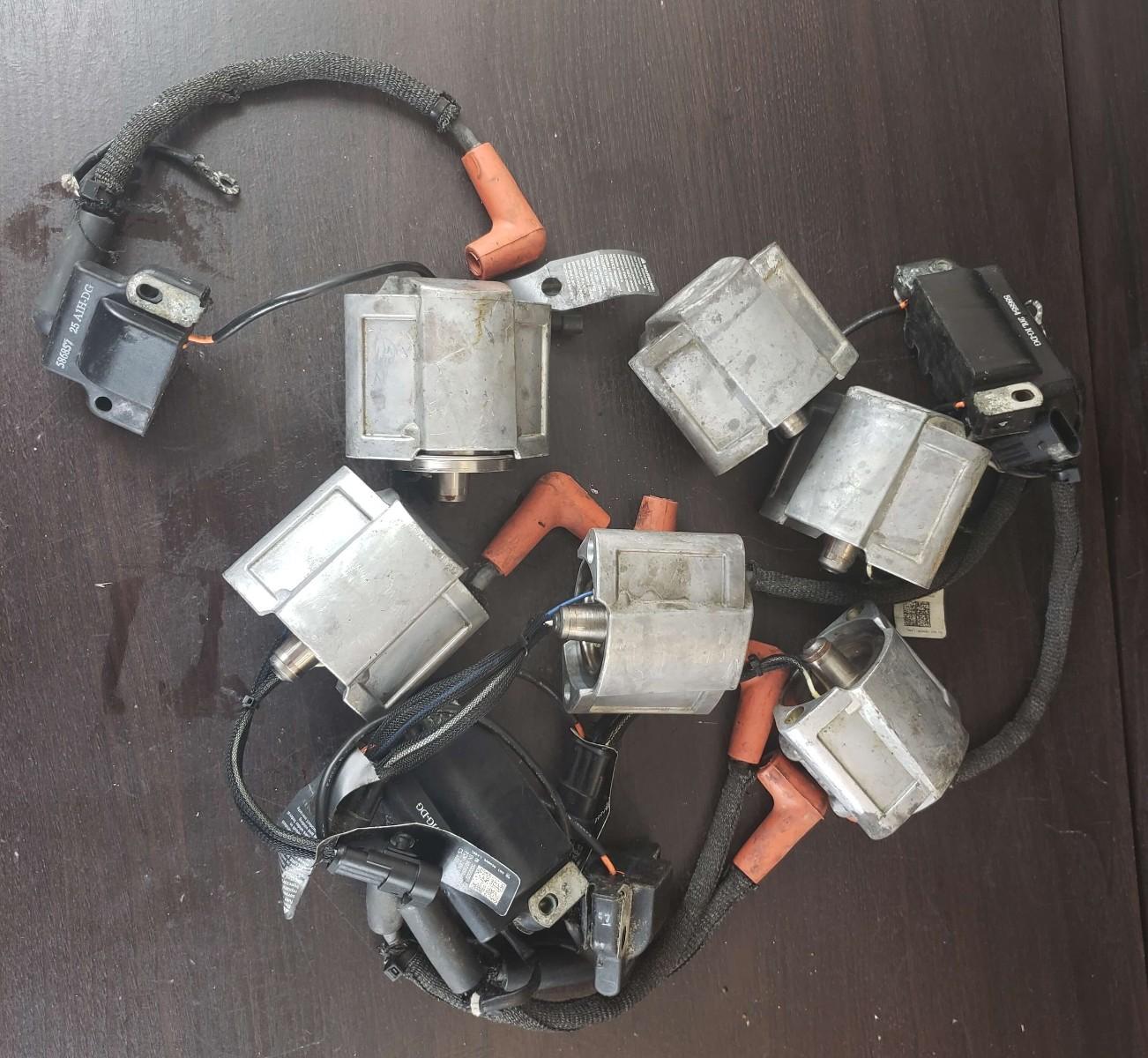 5007764 5007765 586982 Evinrude 2008-2009 EMM W/ 6 Injectors 300 HP V6