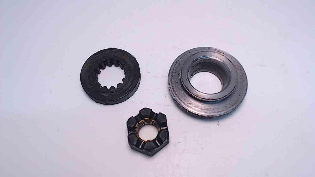 323943 Prop Nut Spacer Johnson Evinrude OMC