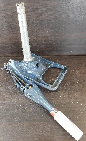 315632 316358 Johnson Evinrude 1971-72 Steering Bracket, Shaft & Handle 18 20 25HP