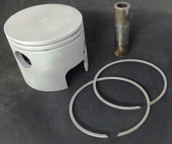 766-7805A1-C#  Mercury 2-Ring Standard Piston with Rings