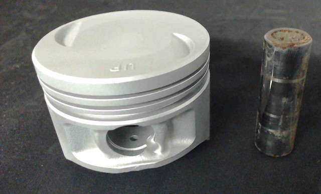 62Y00C# Yamaha 3-Ring Standard Piston REFURBISHED!