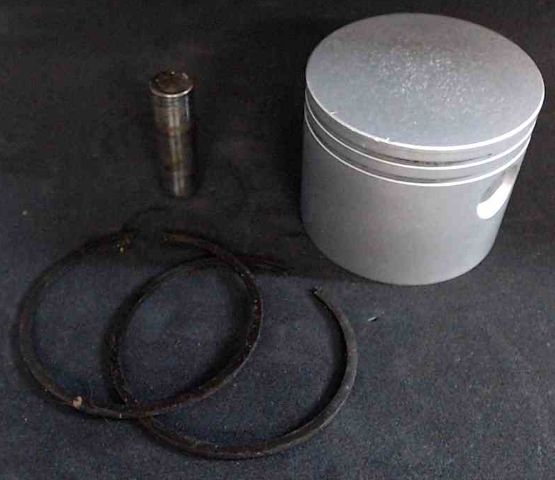 C# 1015-90 5871-0 Ted Williams Piston 9.9 HP 2 Cylinder REFURBISHED