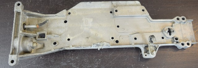 52725a2 C  52725 Mercury Top Cowling Support Front Bracket